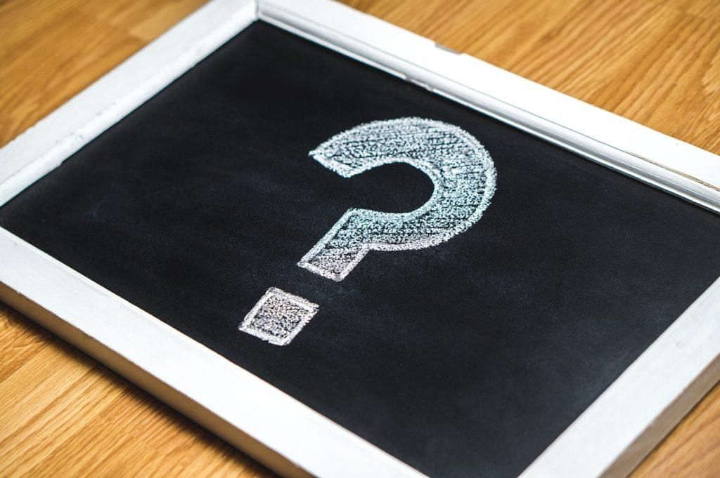 ポケットWiFiのレンタルと購入のどちらがいいか考えているイメージ画像